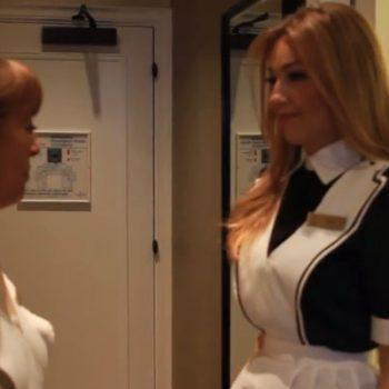 Série com Thalía estreia na WEB, assista