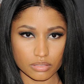 """Nicki Minaj divulga trecho do clipe de """"Anaconda"""""""