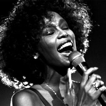 """Assista ao trailer do """"Whitney"""", filme sobre a vida de Whitney Houston"""