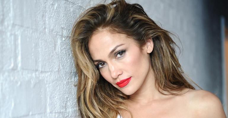 Jennifer Lopez divulga imagens de seu novo clipe