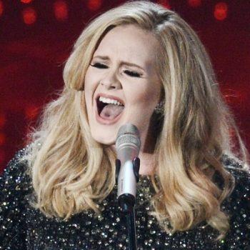 Adele rejeita convite para cantar no SuperBowl!