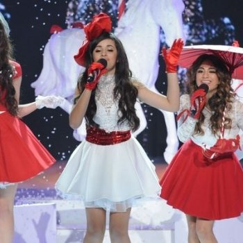 "Confira a versão do Fifth Harmony para ""All I Want For Christmas Is You"""