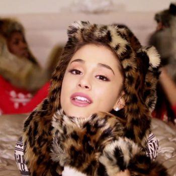 Ariana Grande libera clipe de música natalina