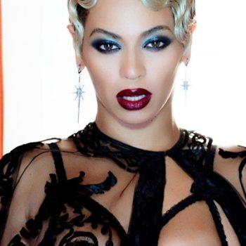 """Beyoncé libera bastidores de """"Haunted"""" e """"Super Power"""""""