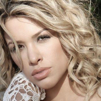 Nicky Valentine ultrapassa 1 milhão de visitas na VEVO