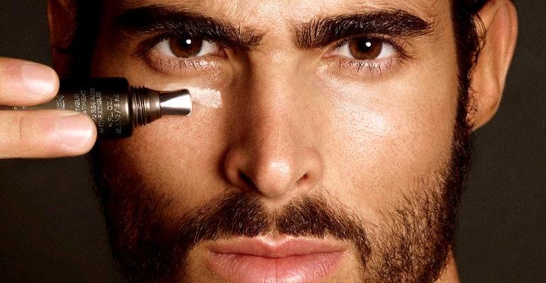 Maquiagem Masculina: 04 produtos indispensáveis para homens de 30
