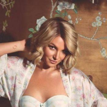 Confira as fotos de Britney Spears para sua linha de lingerie