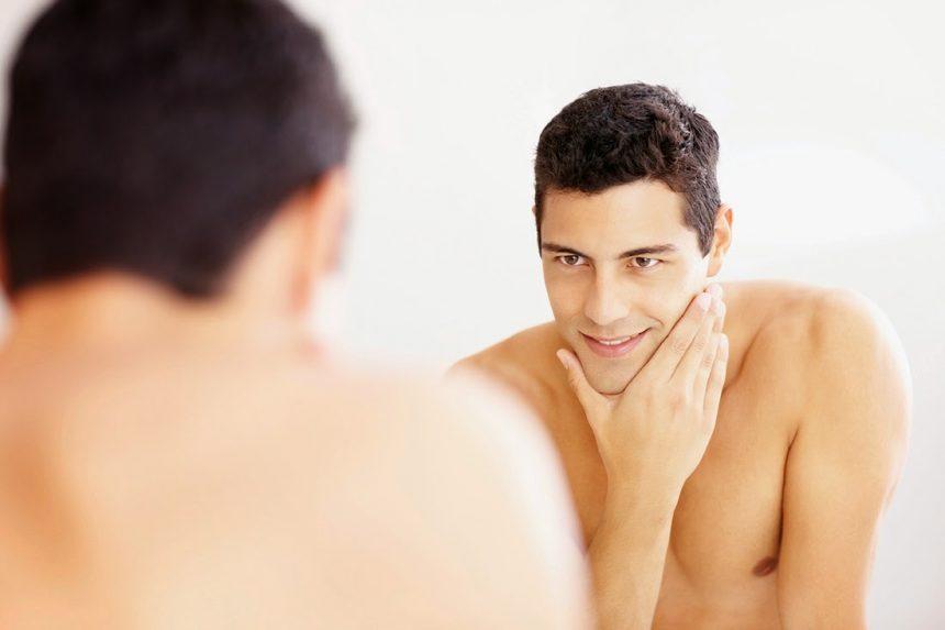 Homens de 30: Aposte em máscaras faciais em sua rotina de beleza!
