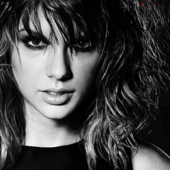 """Bad Blood"" de Taylor Swift estreia no top 05 na parada britânica"
