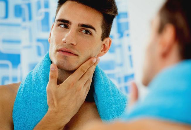 HOMEM: 10 produtos essenciais (e baratos) para o rosto que você precisa ter!