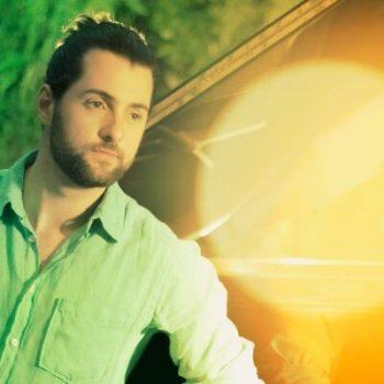 Cantor lança cover para hits de Wanessa e Luan Santana