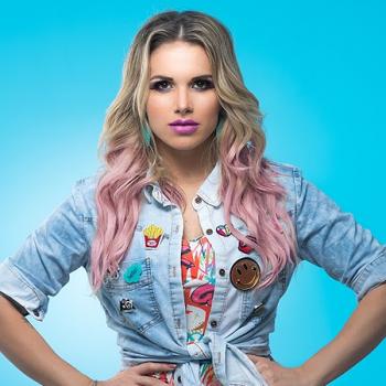 """Ouça """"Meninas Querem Diversão"""", novo single de Francinne"""