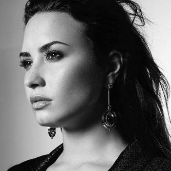 "Ouça ""Tell Me You Love Me"", música inédita de Demi Lovato"