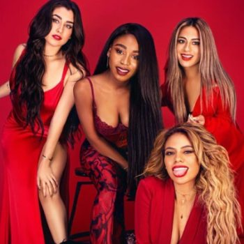 "Em clima natalino, Fifth Harmony lança música para trilha do filme ""The Star"""