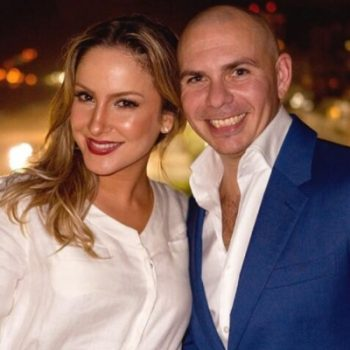 """Claudia Leitte lança """"Carnaval"""" com Pitbull! Ouça"""