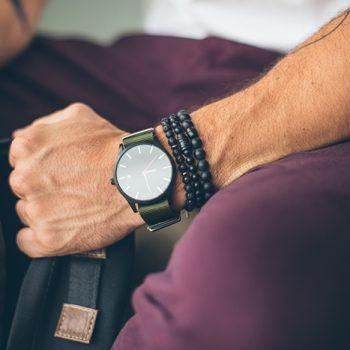 Homens de 30: pulseirismo, a tendência que veio para ficar!
