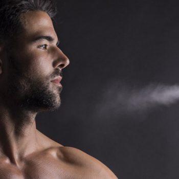 Homens de 30: Três dicas para fazer seu perfume fixar melhor na pele