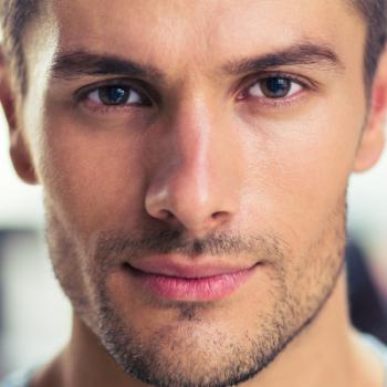 """Homens de 30: Bichectomia, entenda mais sobre a cirurgia que """"diminui as bochechas"""""""