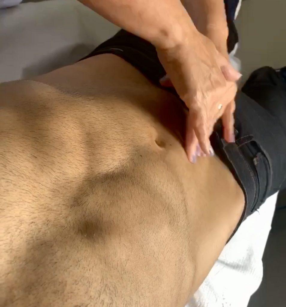 Massagem corporal masculina