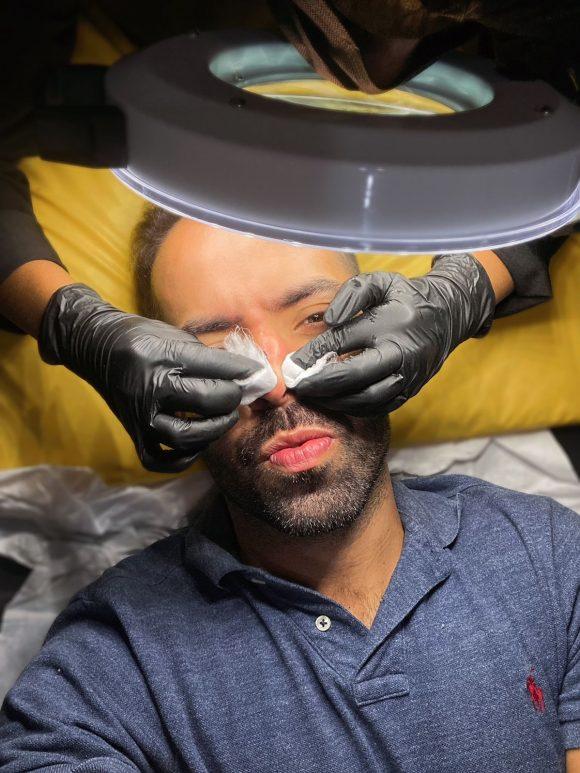 Os mitos sobre a limpeza de pele que todo homem deveria conhecer